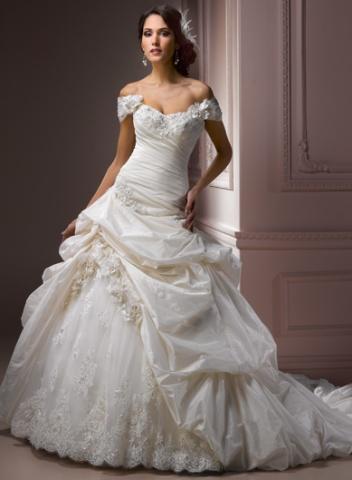 Svadobné šaty a oblek - Obrázok č. 27