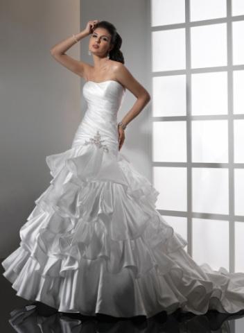 Svadobné šaty a oblek - Obrázok č. 22