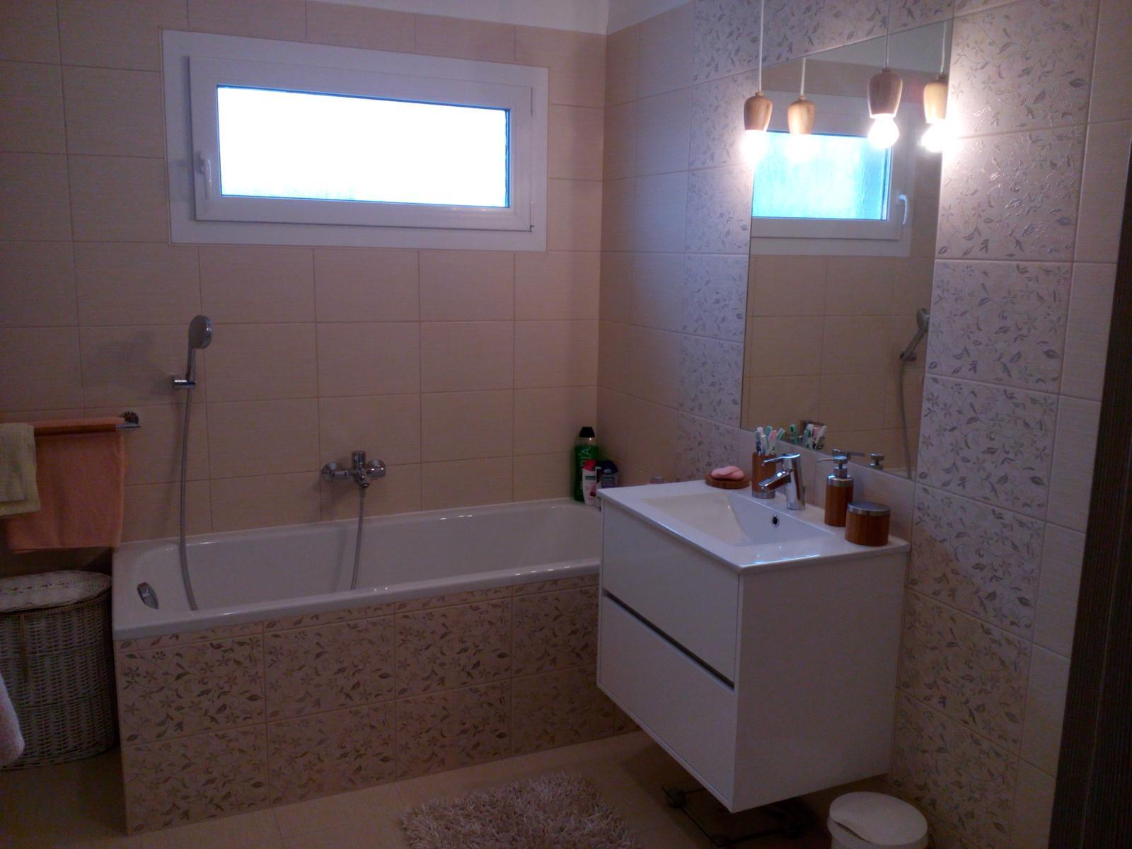 Dom v Dolnej Strede - kúpeľňa