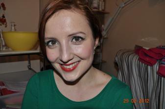kamaratka sa na mne ucila vintage make up :) k tym jednoduchym
