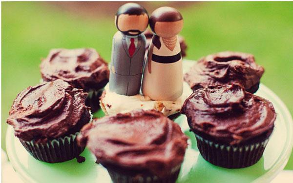 Inspirace z netu - Cupcaky a muffiny mi snad upeče šikovná sestřenka, ale klasickému dortu stejně neutečem :-(