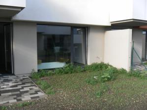 takto bol odovzdany byt a jeho zahradka