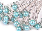 Vlásenka s blankytně modrou perlou,