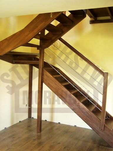 Samonosné schodiská - morený buk