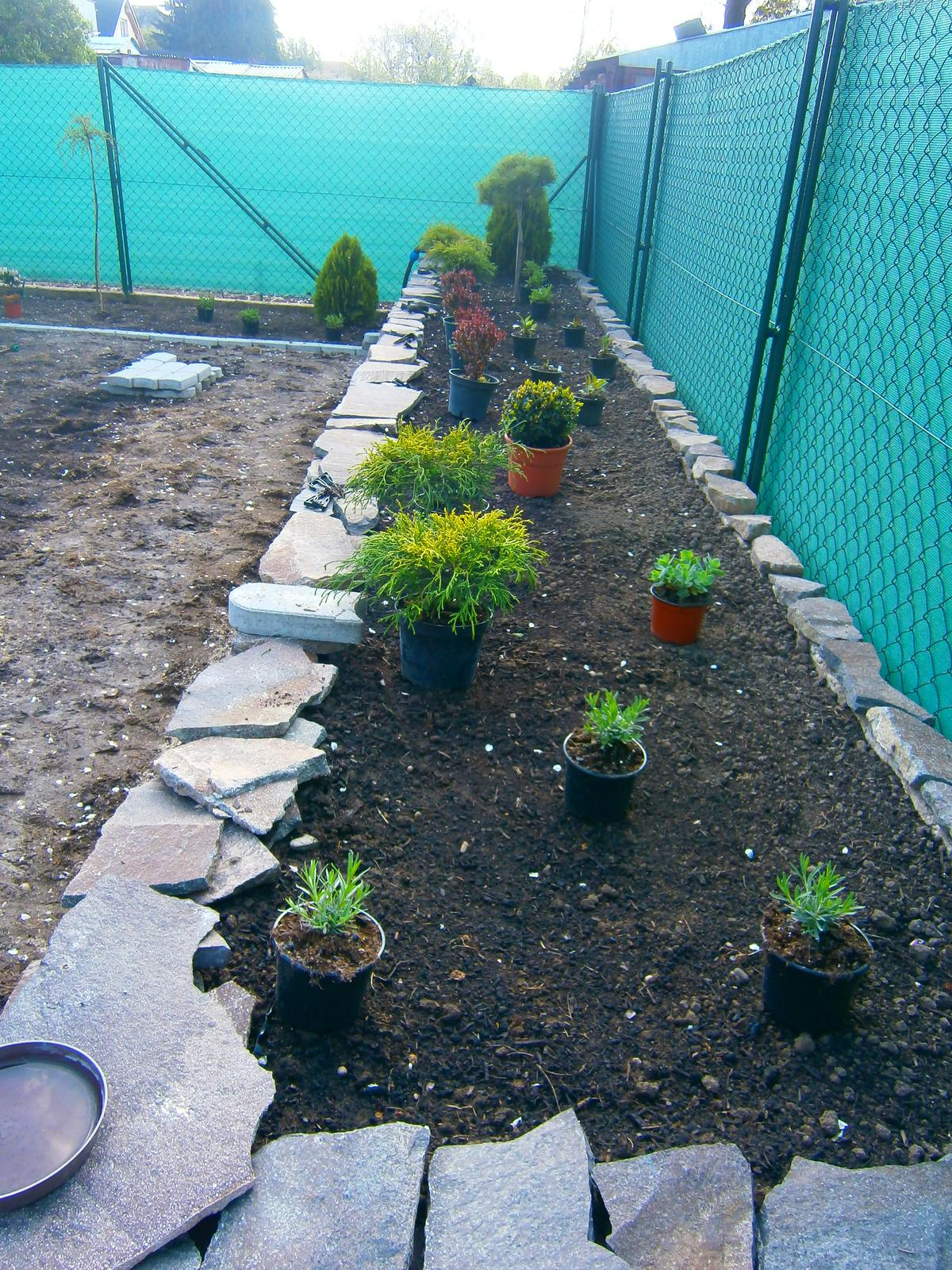 Záhrada pre oddych - Obrázok č. 23