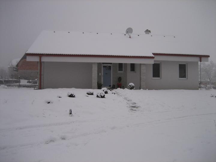 Už aj náš domček - konečne zimná romantika