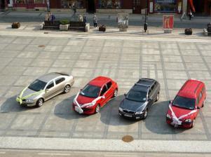 ozdobená auta pohromadě