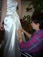 šněrování do šatů