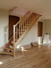 schody z obýváku