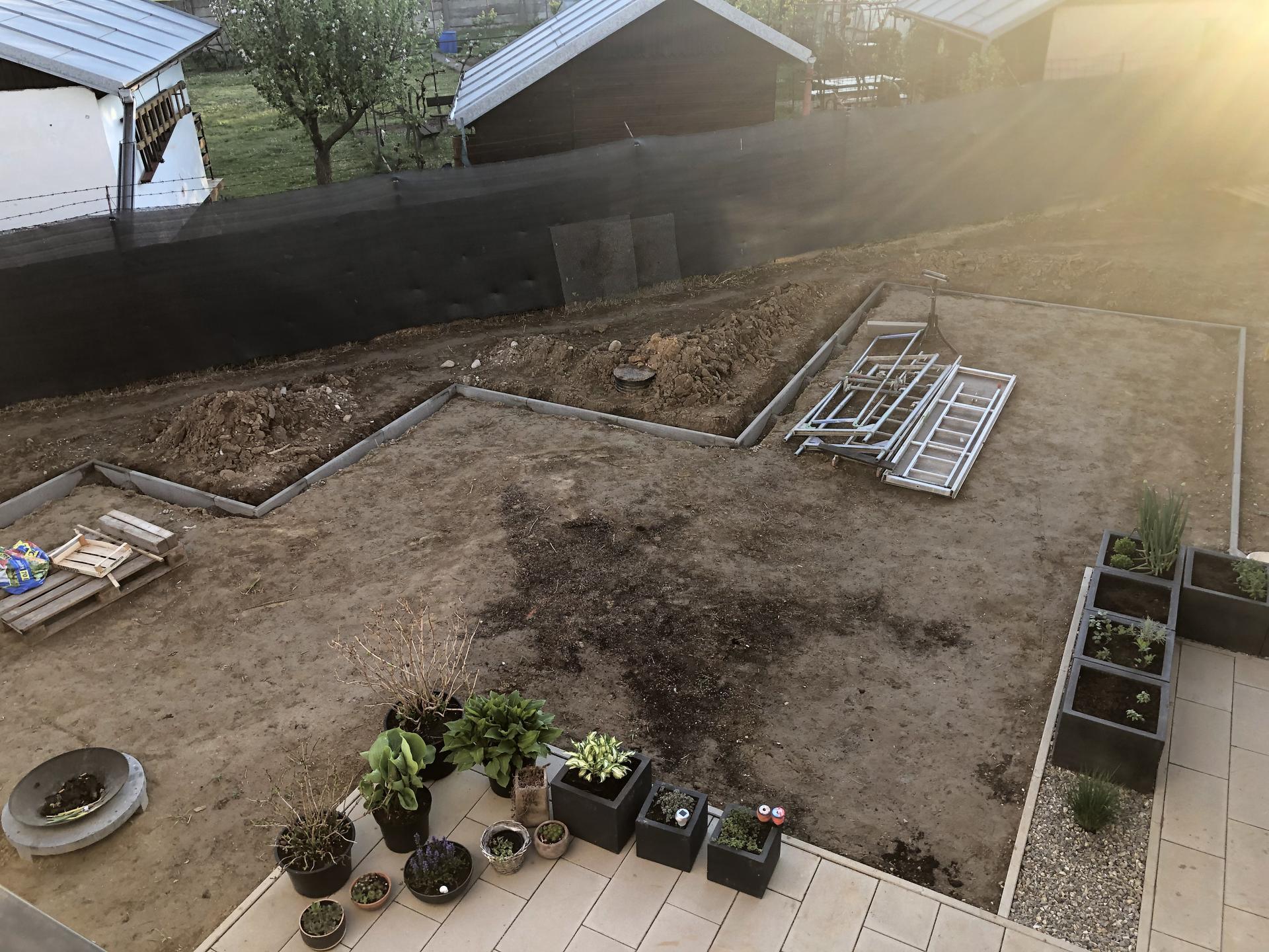 ...záhrada na Slnečnej... - Obrázok č. 10