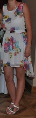 Biele šifónové šaty s kvetmi - Obrázok č. 1