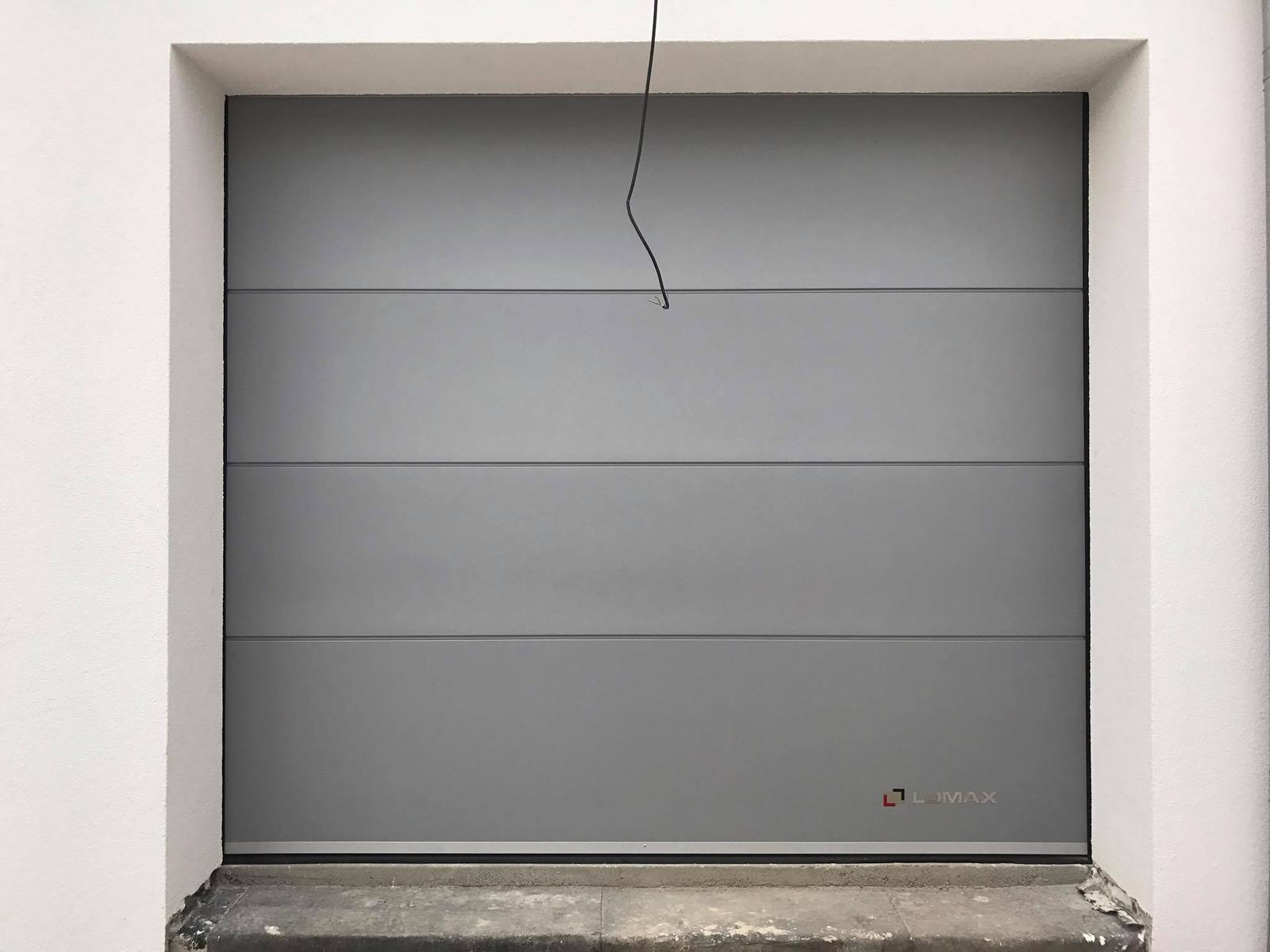 Garážová brána 2500x2220, Farba: RAL 9006 - Obrázok č. 1