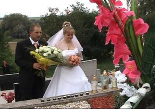 na hrobe mojej mamičky