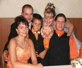 nevestin bráško s rodinou