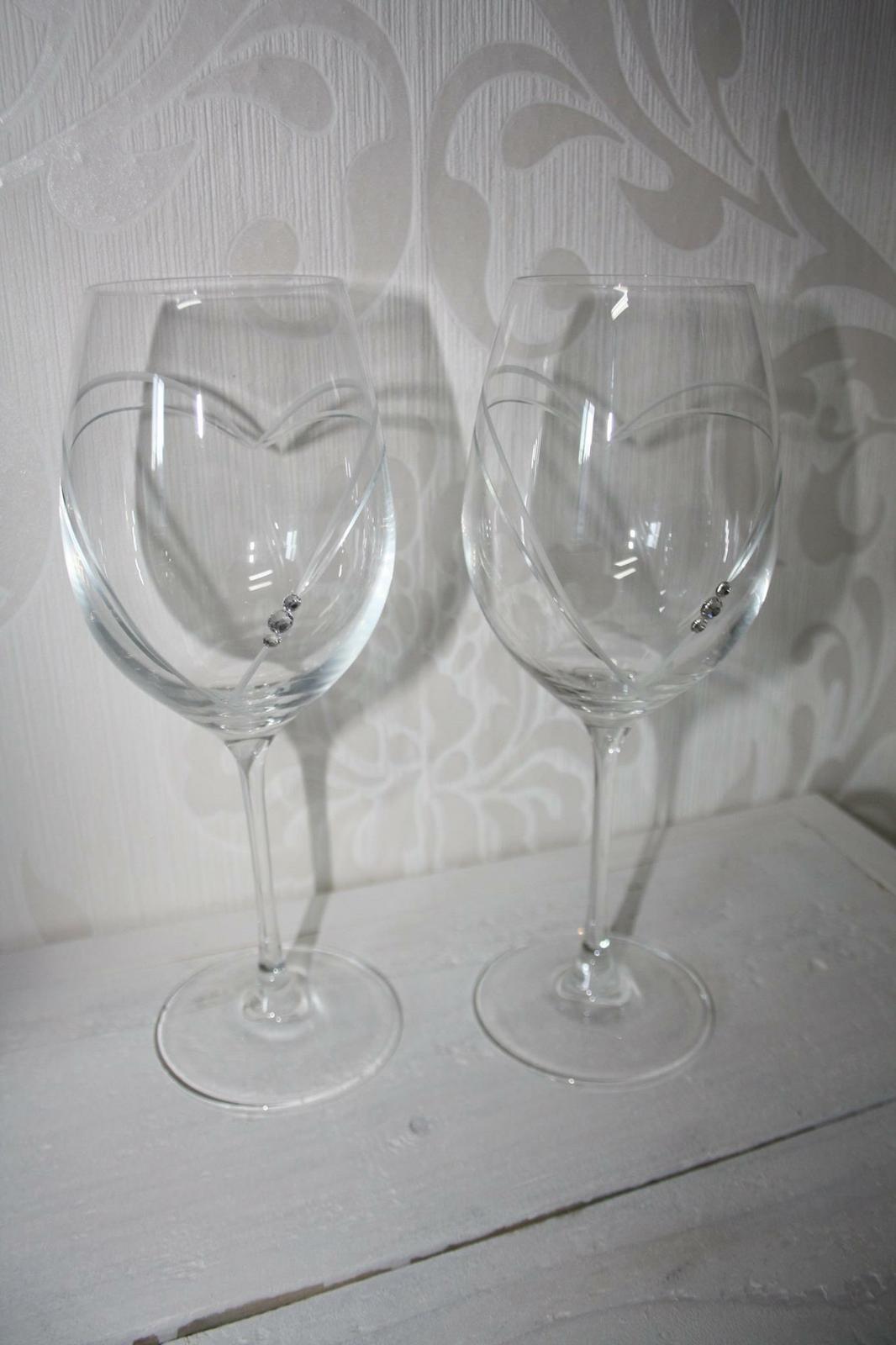 Svadobné poháre so Swarovski srdcia  - Obrázok č. 1