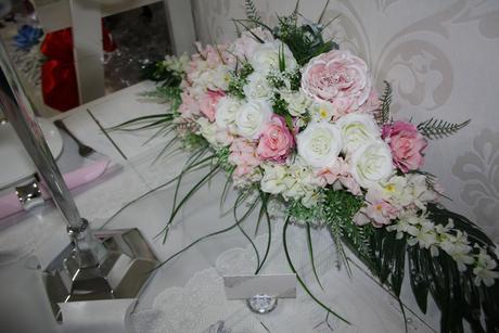 Ikebana na hlavný stôl - Obrázok č. 4