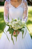 Krajkové svatební šaty, 35