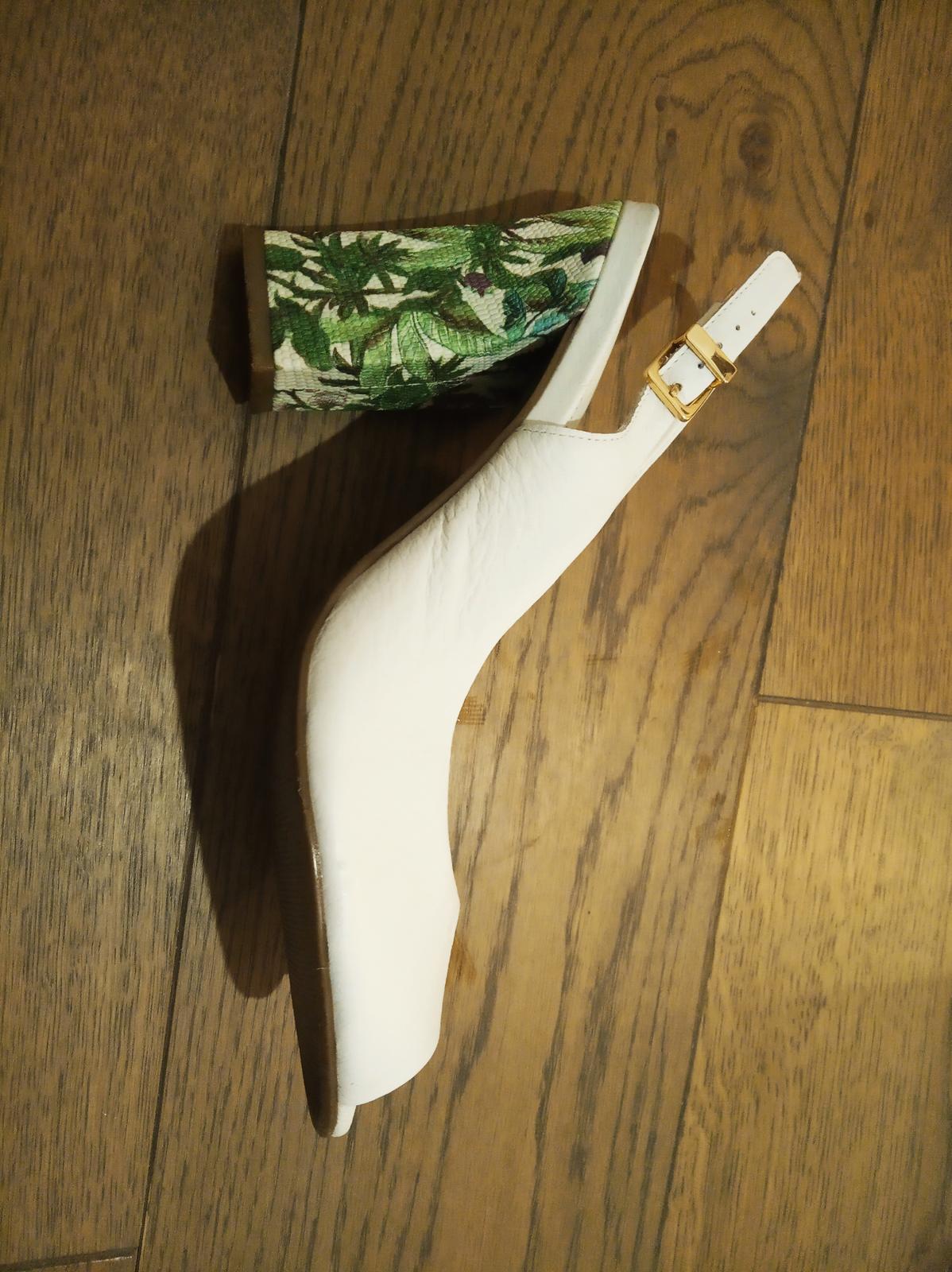svadobné topánky so vzorovaným opätkom - Obrázok č. 1