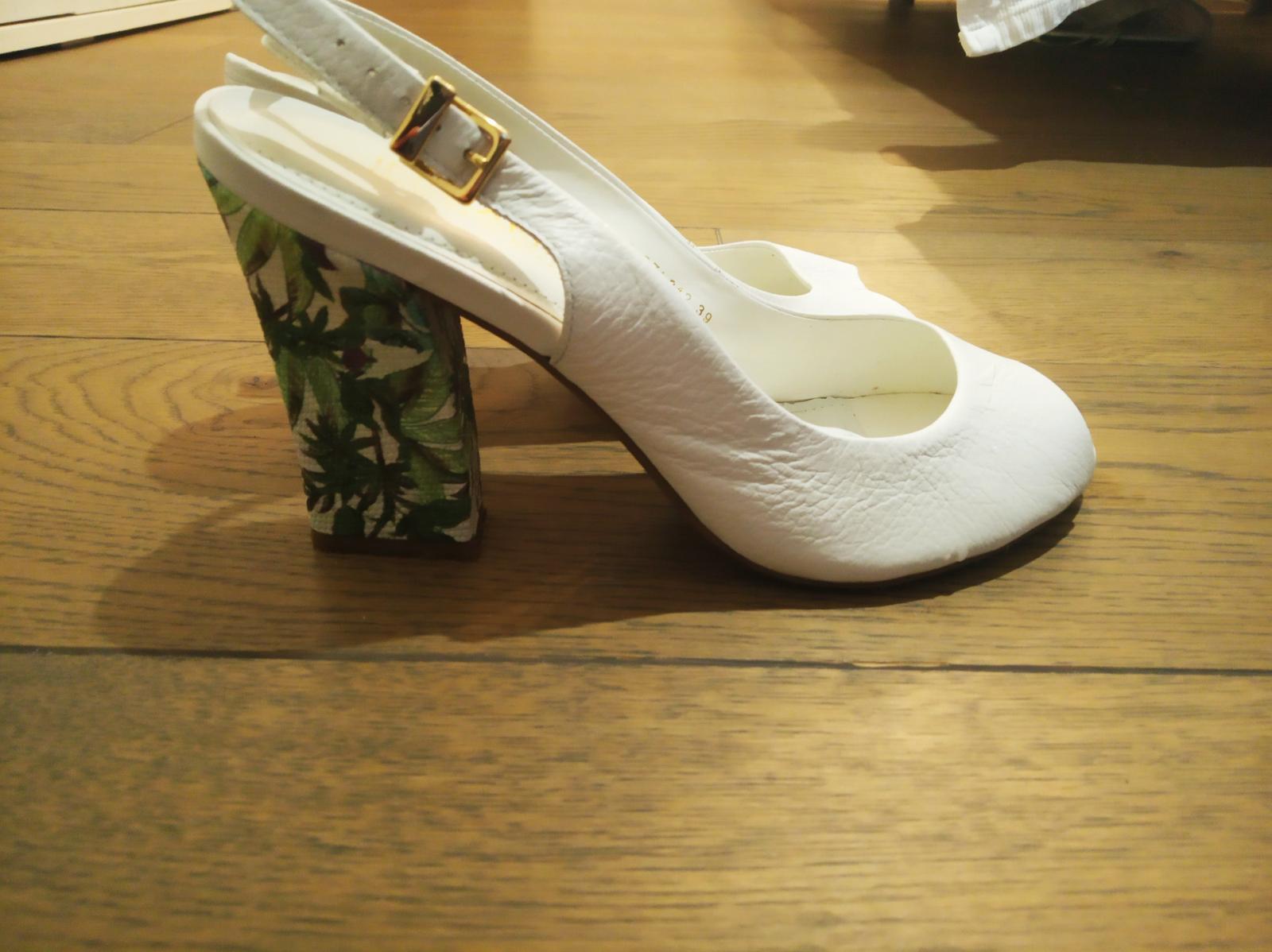 svadobné topánky so vzorovaným opätkom - Obrázok č. 3