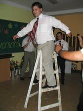 manža je povoláním malíř, takže se tančilo i  na štaflích...