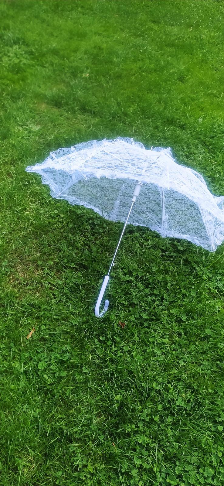 Krajkový deštník bílý - Obrázek č. 1