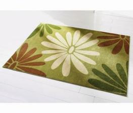 koberec pod jídelní stůl