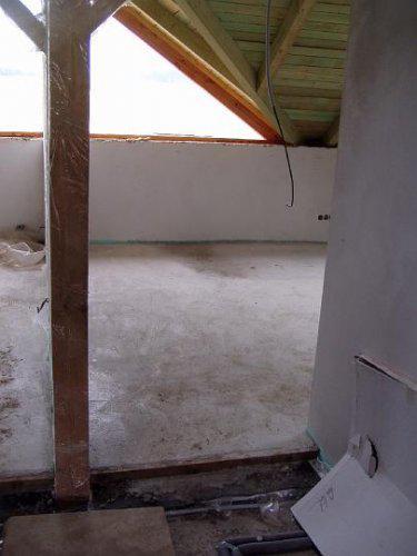 Naše bydlo - hotové podlahy v pokojících