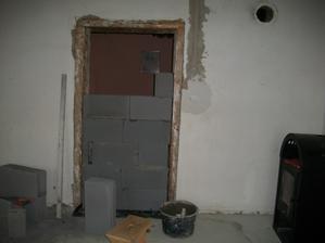 a dvere do spáľne
