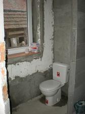 aj WC len narýchlo aby sme nemuseli chodiť von na suché WC