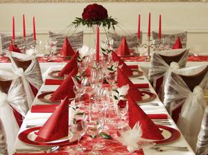 Toto je jen ilustrační foto, svatební tabule bude zdobená podle mých šatů a kytky.
