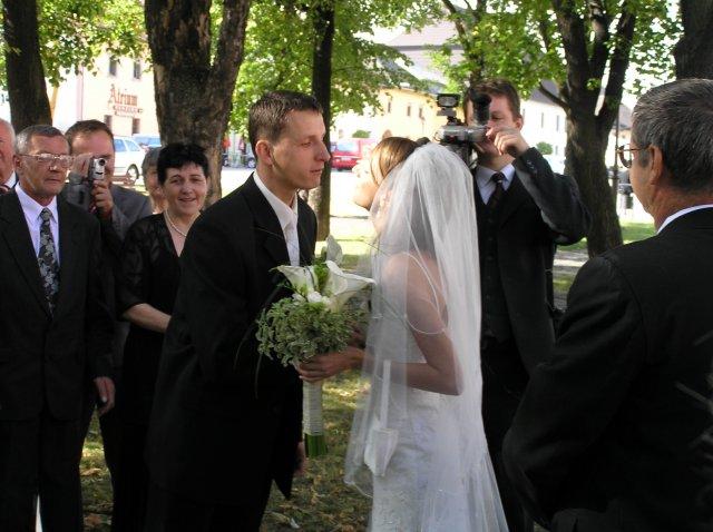 majka{{_AND_}}Marcelko - K šťastnému koncu odobierky patrí aj pusa....