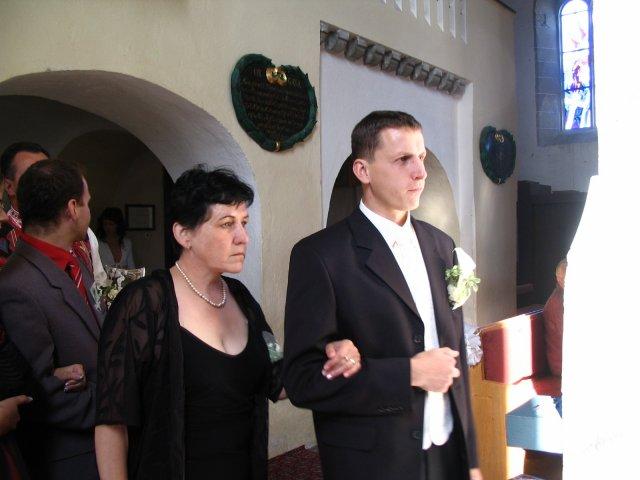 majka{{_AND_}}Marcelko - A už ho vedú ....