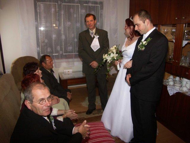 Maria Ondova{{_AND_}}Jan Kocis - Moj svedok ujo Stefan,pri odobierke