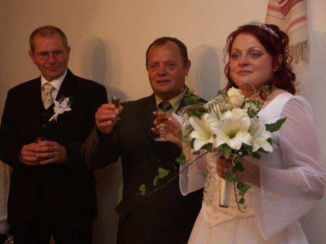 Maria Ondova{{_AND_}}Jan Kocis - Tati Ondrej a ocko Jano....na zdravie