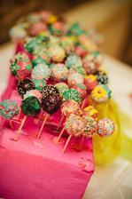 HRDOST - jeden den s kamarádkou a cakepops na světě. Slavily obrovský úspěch