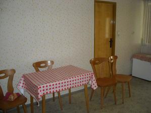 Za dveřmi bude naše nová kuchyně