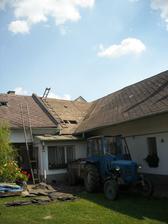 Září 2011 shazujeme střechu