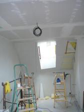 3.12. konečně hotové stropy - všude