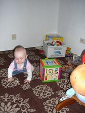 Provizorní hrací koutek pro děti
