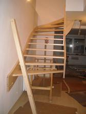 Dnešní montáž schodiště