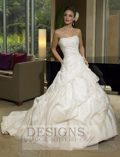 DESIGNS by MAGGIE SOTTERO - Natalina