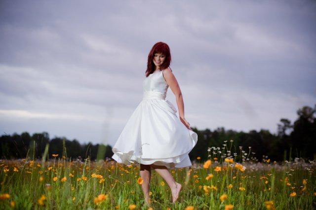 Moje retro svatba v krátkých šatech:-) - Obrázek č. 7