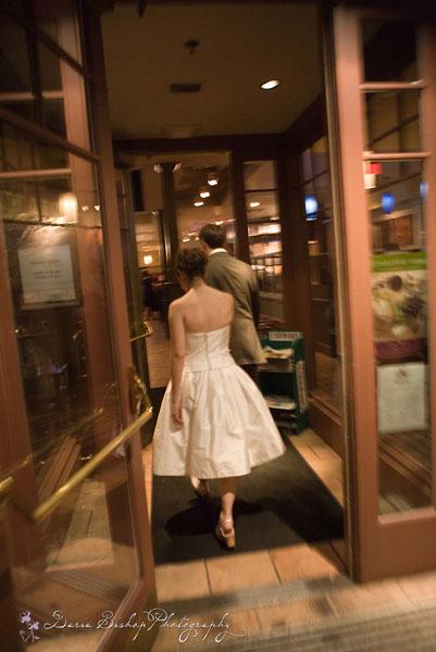 Moje retro svatba v krátkých šatech:-) - Obrázek č. 24