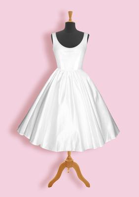 Moje retro svatba v krátkých šatech:-) - Nebo normální, nebo lodičkový..