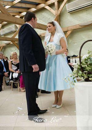 Moje retro svatba v krátkých šatech:-) - Obrázek č. 31