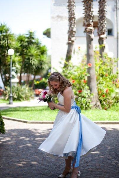 Moje retro svatba v krátkých šatech:-) - úzkou nebo širokou mašli???