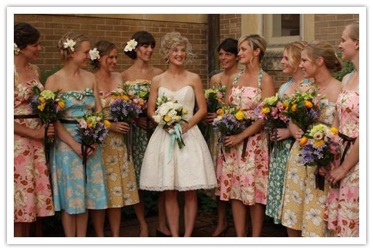 Moje retro svatba v krátkých šatech:-) - taky super:-)