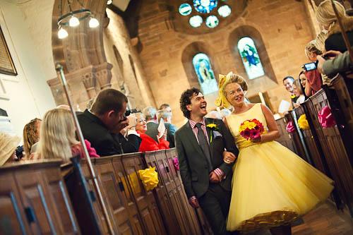 Moje retro svatba v krátkých šatech:-) - krátké šaty jdou i do kostela :-)