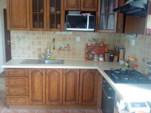 naša kuchyna v plnej krase