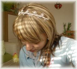 přišla mi nádherná čelenka :-)